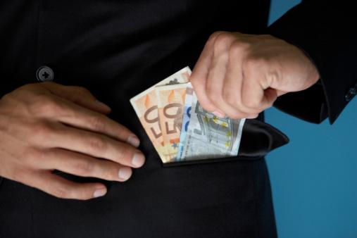 Banken strenger bij leningen en bedrijfskredieten