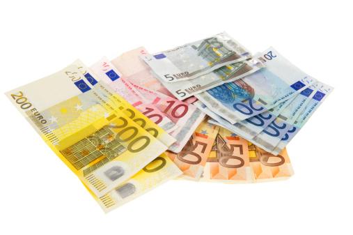 Met spoed 100 euro lenen voor een noodgeval, hierbij de oplossing zonder gedoe!