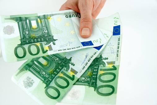 Lenen zonder loonstrook Binnen 10 minuten op je rekening